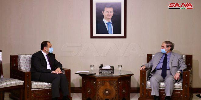 المقداد يتسلم أوراق اعتماد إياد نصر ممثلاً لصندوق الأمم المتحدة للسكان في سورية